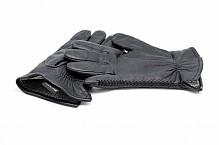 Leather black gloves.